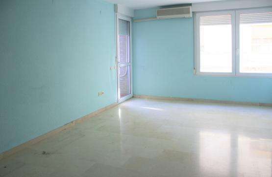 Piso en venta en Piso en Ontinyent, Valencia, 74.000 €, 3 habitaciones, 2 baños, 107 m2, Garaje