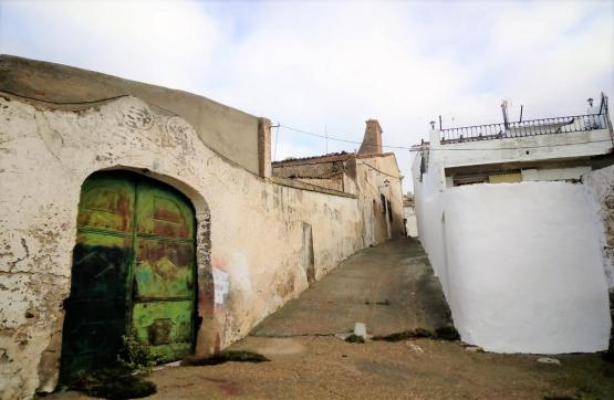 Casa en venta en Nogales, Nogales, Badajoz, Calle San Cristobal, 97.000 €, 6 habitaciones, 1 baño, 332 m2