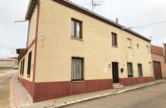 Casa en venta en Castromocho, Castromocho, Palencia, Calle Mayor, 80.000 €, 11 habitaciones, 4 baños, 198 m2