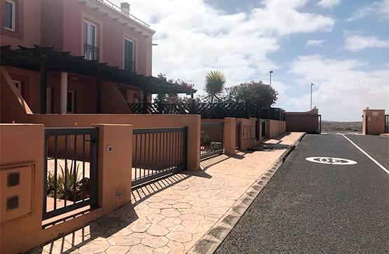 Casa en venta en Geafond, la Oliva, Las Palmas, Calle Pardela, 162.800 €, 3 habitaciones, 3 baños, 129 m2