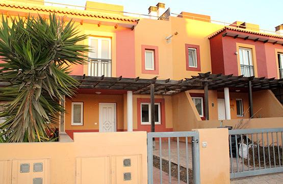 Casa en venta en Geafond, la Oliva, Las Palmas, Calle Pardela, 162.800 €, 3 habitaciones, 3 baños, 109 m2