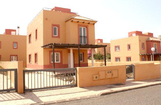 Casa en venta en Geafond, la Oliva, Las Palmas, Calle Pardela, 193.200 €, 3 habitaciones, 3 baños, 128 m2