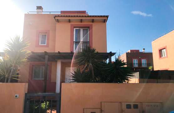 Casa en venta en Geafond, la Oliva, Las Palmas, Calle Pardela, 203.000 €, 3 habitaciones, 3 baños, 113 m2