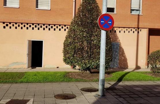 Local en venta en Oviedo, Asturias, Plaza Fuente la Braña, 110.000 €, 151 m2
