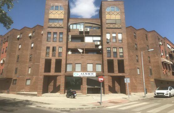 Local en venta en Leganés, Madrid, Avenida Conde de Barcelona, 259.200 €, 177 m2