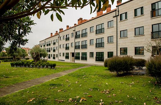 Piso en venta en A Illa de Arousa, Pontevedra, Avenida Da Ponte, 108.930 €, 2 habitaciones, 1 baño, 74 m2