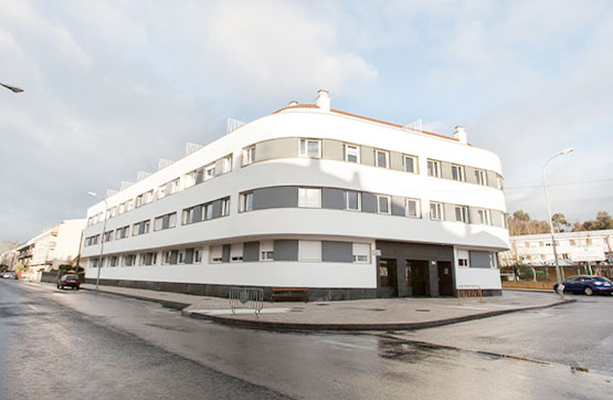 Piso en venta en Salvaterra de Miño, Pontevedra, Calle Rosalia de Castro, 84.000 €, 2 habitaciones, 1 baño, 94 m2