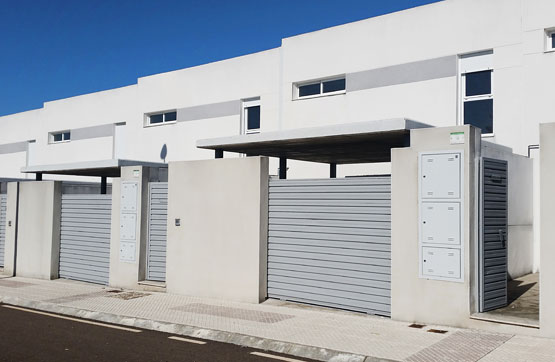 Casa en venta en Badajoz, Badajoz, Calle Batalla de Almonacid, 124.200 €, 4 habitaciones, 2 baños, 140 m2