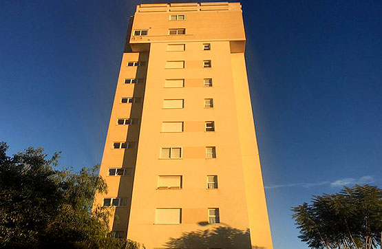Piso en venta en Mutxavista, El Campello, Alicante, Avenida Fabraquer, 235.000 €, 3 habitaciones, 3 baños, 95 m2