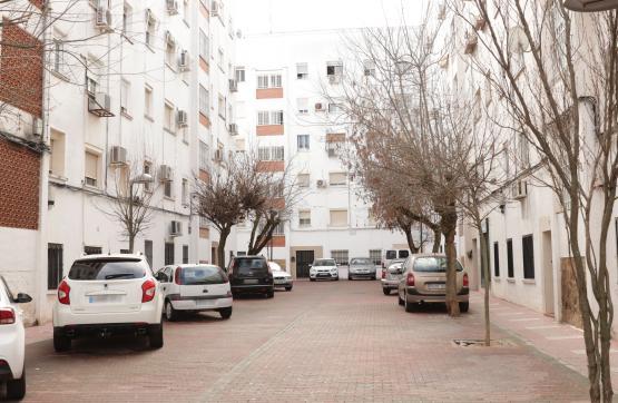 Piso en venta en Cáceres, Cáceres, Calle Costa Rica, 37.000 €, 3 habitaciones, 1 baño, 68 m2