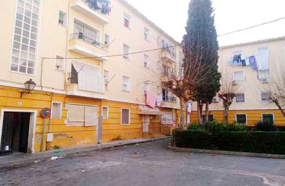 Piso en venta en Talavera de la Reina, Toledo, Calle Angel Alcazar, 48.300 €, 3 habitaciones, 1 baño, 93 m2