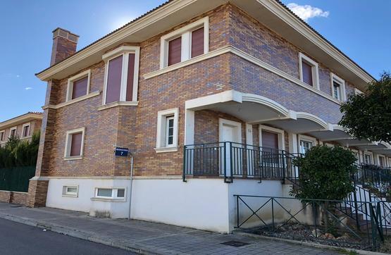 Casa en venta en Grijota, Palencia, Calle Ciudad Golf, 161.000 €, 4 habitaciones, 3 baños, 210 m2
