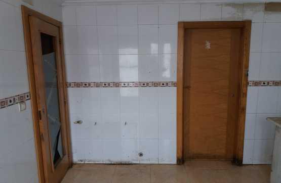 Casa en venta en Casa en la Roda, Albacete, 78.600 €, 4 habitaciones, 3 baños, 222 m2, Garaje