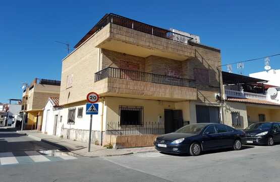 Casa en venta en Motril, Granada, Calle Alto de los Leones, 115.100 €, 4 habitaciones, 2 baños, 138 m2