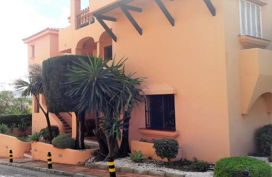 Piso en venta en Estepona, Málaga, Urbanización Riviera Andaluza, 280.000 €, 2 habitaciones, 2 baños, 99 m2