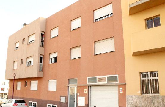 Piso en venta en Puerto del Rosario, Las Palmas, Calle Aragon, 142.600 €, 3 habitaciones, 1 baño, 98 m2