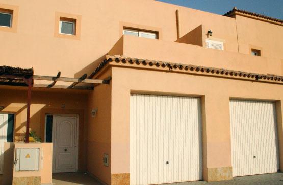 Casa en venta en Tuineje, Las Palmas, Calle Majuga, 165.000 €, 3 habitaciones, 3 baños, 122 m2