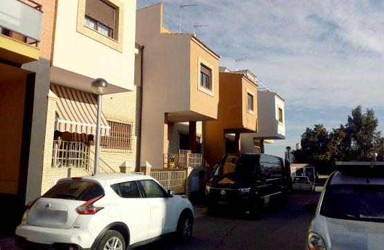 Casa en venta en Mengíbar, Jaén, Calle Violeta, 148.000 €, 4 habitaciones, 3 baños, 225 m2