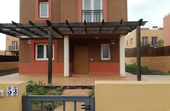 Casa en venta en La Oliva, Las Palmas, Urbanización Mirador de la Dunas, 202.400 €, 3 habitaciones, 2 baños, 128 m2