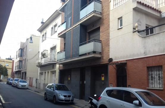 Piso en venta en Palafolls, Barcelona, Calle Narcis Monturiol, 68.400 €, 1 habitación, 1 baño, 56 m2