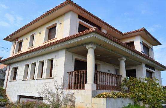 Casa en venta en Colunga, Asturias, Plaza la Zampudia, 379.000 €, 4 habitaciones, 4 baños, 285 m2