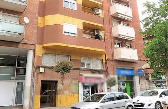 Piso en venta en Cornellà de Llobregat, Barcelona, Calle de la Miranda, 135.000 €, 3 habitaciones, 1 baño, 64 m2