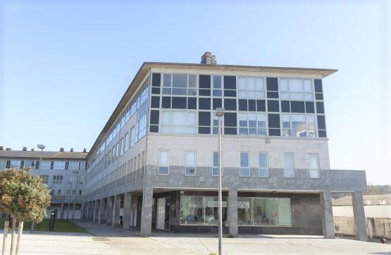 Piso en venta en Oleiros, A Coruña, Plaza Da Bahia, 159.500 €, 1 habitación, 1 baño, 97 m2