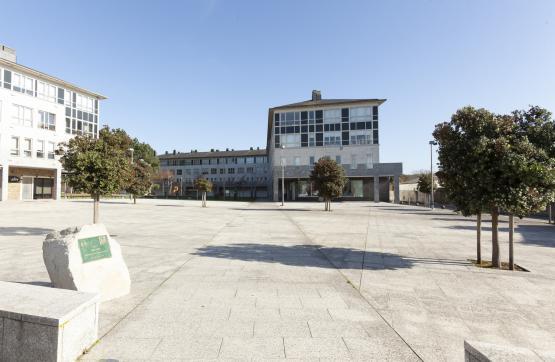Piso en venta en Oleiros, A Coruña, Plaza Da Bahia, 315.000 €, 3 habitaciones, 2 baños, 88 m2