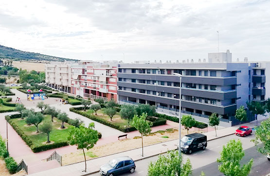 Piso en venta en Piso en Cáceres, Cáceres, 110.000 €, 2 habitaciones, 1 baño, 85 m2