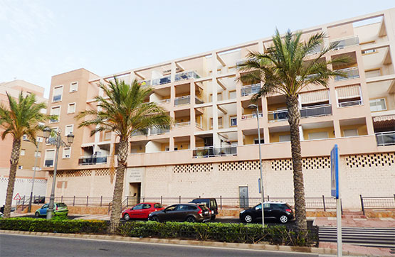 Piso en venta en Los Depósitos, Roquetas de Mar, Almería, Avenida Sabinal, 103.000 €, 2 habitaciones, 1 baño, 67 m2