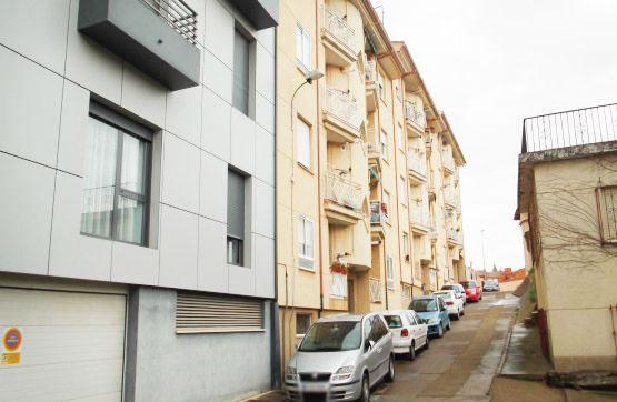 Piso en venta en Cabañas, Valencia de Don Juan, León, Calle Jorge de Montemayor, 41.400 €, 3 habitaciones, 1 baño, 80 m2