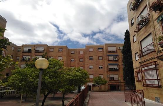 Piso en venta en Los Albarizones, Jerez de la Frontera, Cádiz, Plaza de la Herradura, 41.400 €, 3 habitaciones, 1 baño, 72 m2