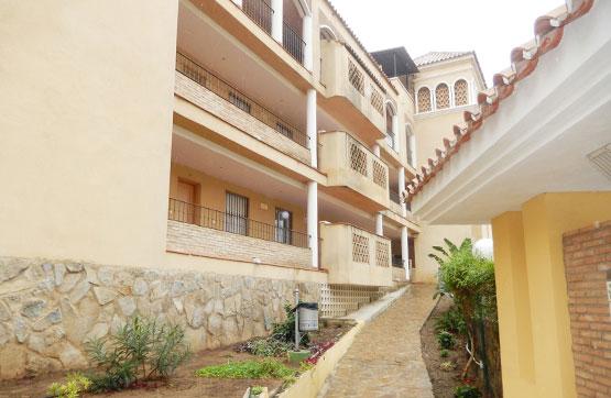 Piso en venta en Urbanización Sitio de Calahonda, Mijas, Málaga, Calle Conjunto Eden Golf Riviera Calle Onice, 132.000 €, 1 habitación, 1 baño, 93 m2