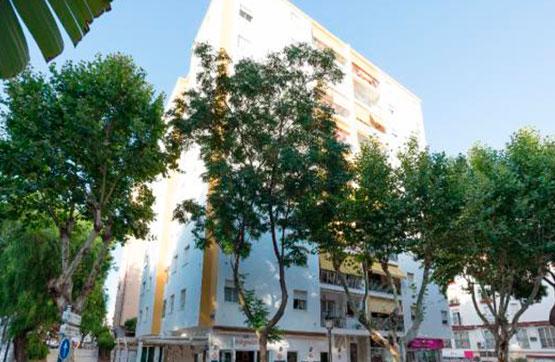 Piso en venta en San Pedro de Alcántara, Marbella, Málaga, Avenida Constitucion, 241.100 €, 4 habitaciones, 2 baños, 120 m2