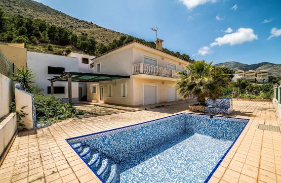 Casa en venta en Callosa D`en Sarrià, Alicante, Urbanización Almedia, 255.000 €, 1 baño, 282 m2