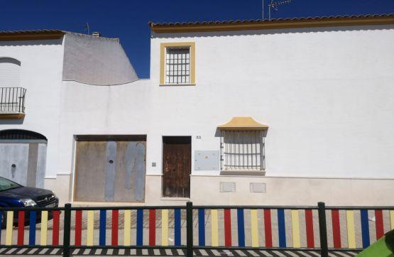 Piso en venta en Aguadulce, Sevilla, Plaza de la Paz, 54.022 €, 3 habitaciones, 2 baños, 101 m2
