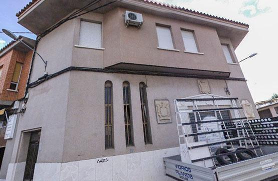 Industrial en venta en Residencial Valdepeñas, Valdepeñas, Ciudad Real, Calle Clavel, 91.250 €, 601 m2