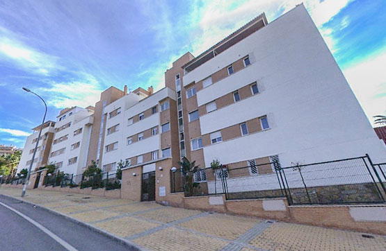 Piso en venta en Ciudad Jardín, Málaga, Málaga, Calle Pepa Flores Marisol, 215.250 €, 1 baño, 84 m2