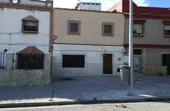 Casa en venta en Los Albarizones, Jerez de la Frontera, Cádiz, Calle Pedro de Sepulveda, 108.100 €, 3 habitaciones, 2 baños, 198 m2