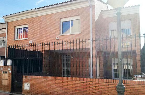 Casa en venta en Urbanización Guadiana, Badajoz, Badajoz, Calle Ronda Castillo de Benquerencia, 273.700 €, 4 habitaciones, 3 baños, 201 m2