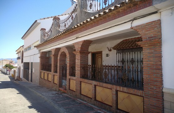 Casa en venta en Benalup-casas Viejas, Benalup-casas Viejas, Cádiz, Calle Almendro, 51.800 €, 3 habitaciones, 1 baño, 95 m2