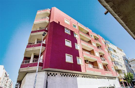 Local en venta en Urbanización Calas Blancas, Torrevieja, Alicante, Rambla Juan Mateo Garcia, 174.800 €, 246 m2