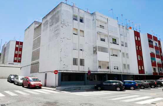 Piso en venta en Sanlúcar de Barrameda, Cádiz, Urbanización Pino de San Diego, 76.800 €, 3 habitaciones, 1 baño, 81 m2