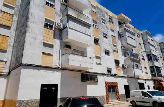 Piso en venta en Los Albarizones, Jerez de la Frontera, Cádiz, Calle San Telmo, 21.600 €, 3 habitaciones, 1 baño, 80 m2