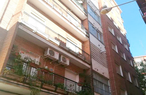 Piso en venta en Barrio de Santa Maria, Talavera de la Reina, Toledo, Calle Claveles, 48.300 €, 3 habitaciones, 1 baño, 92 m2