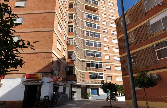 Piso en venta en Motril, Granada, Calle Doctor Tercedor, 84.000 €, 3 habitaciones, 1 baño, 98 m2