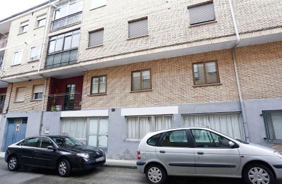 Local en venta en Polígono Industrial la Viña, Ciudad Rodrigo, Salamanca, Calle Santiago Vegas Arranz, 263.000 €, 324 m2