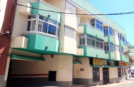 Piso en venta en Callejón del Castillo, Telde, Las Palmas, Calle Picachos, 115.000 €, 3 habitaciones, 2 baños, 105 m2