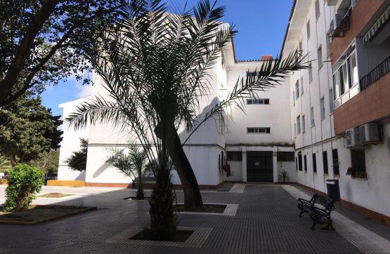 Piso en venta en Chiclana de la Frontera, Cádiz, Avenida Musica, 54.600 €, 3 habitaciones, 1 baño, 85 m2