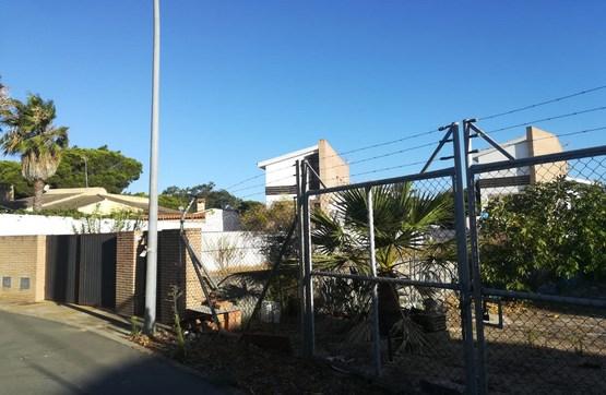 Casa en venta en Isla Cristina, Huelva, Calle la Palmeritas, 287.500 €, 4 habitaciones, 2 baños, 212 m2